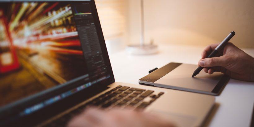 Onlineprüfung für Unternehmens-Software